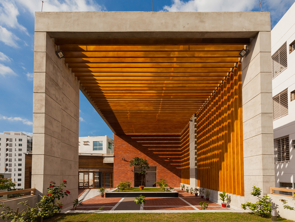Context bd hr khan residence banani skeleton for Arch design architects limited