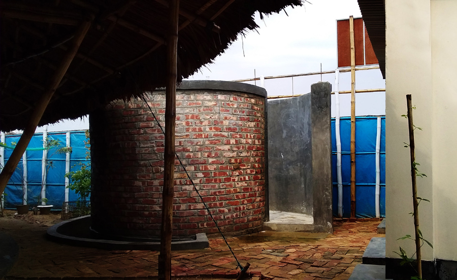 Shower area for the Rohingya women © SAAD BEN MOSTAFA & Team