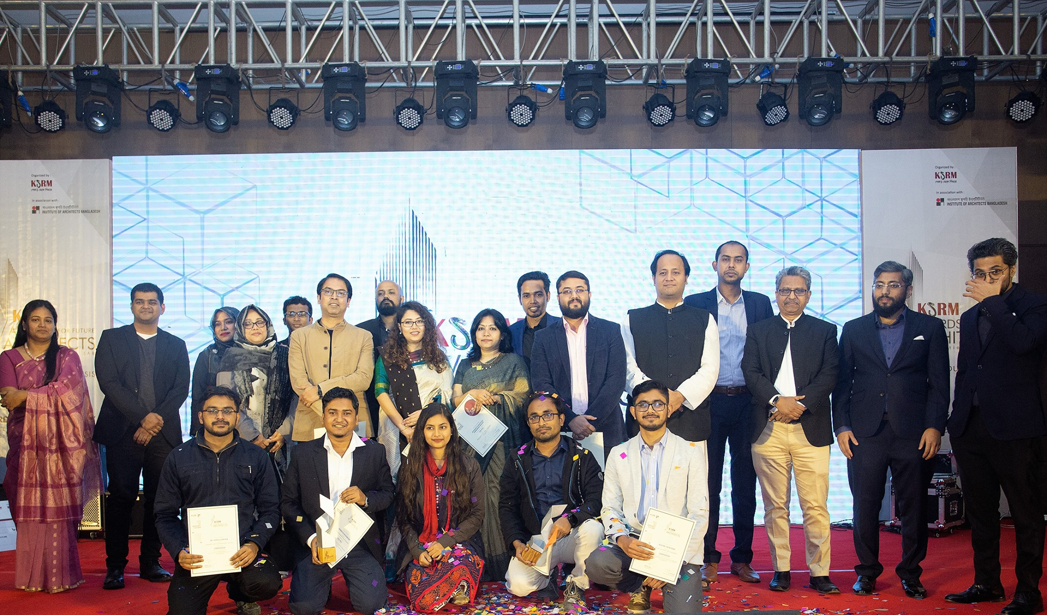 Recipients of the award with the studio teachers and organizers